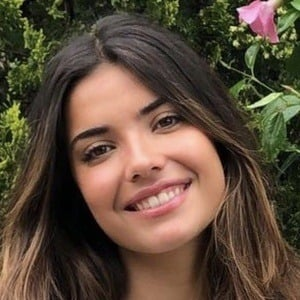 Carlota Bruna Headshot 5 of 10
