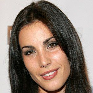 Carly Pope 3 of 4