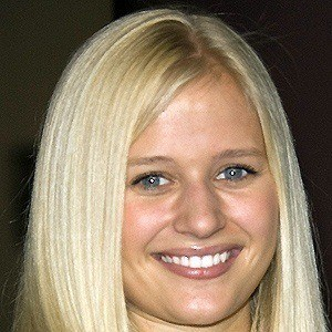 Carly Schroeder 5 of 5