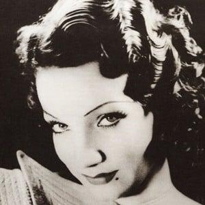 Carmen Miranda 3 of 9