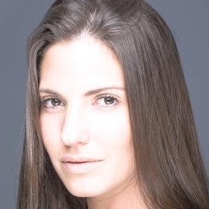 Carolina Fabrega 3 of 4