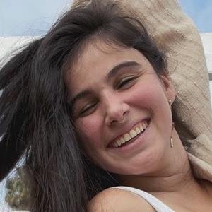 Carolina Gurdian Headshot 5 of 10