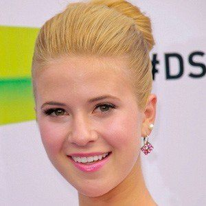 Caroline Sunshine 3 of 10