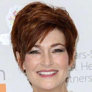 Carolyn Hennesy 6 of 10