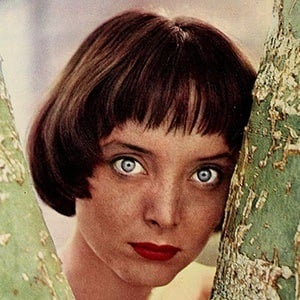Carolyn Jones 3 of 7