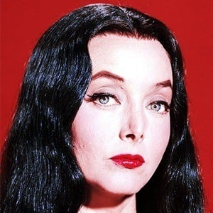 Carolyn Jones 5 of 7