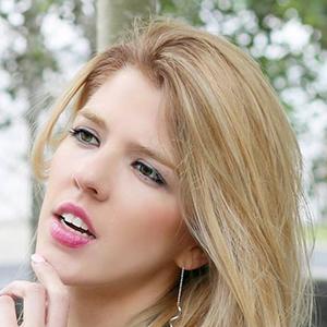Carolyna Bauer 6 of 6
