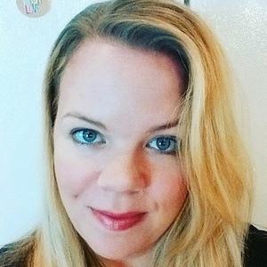 Cassandra Aarssen 5 of 7
