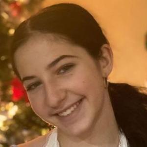 Cassidy Naber Headshot 5 of 10