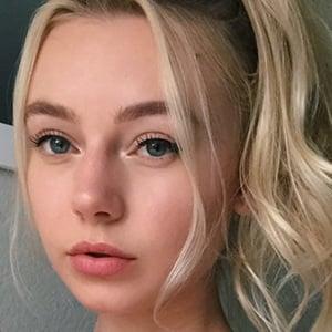 Cassie Brown Headshot 5 of 10