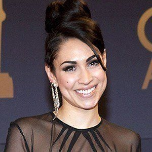 Cassie Steele 3 of 5