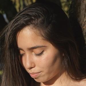 Catalina Trillizas 2 of 2