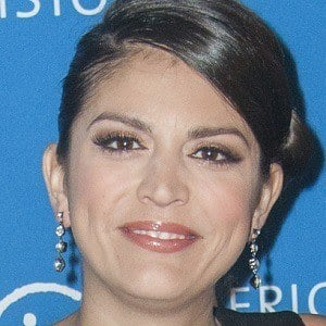 Cecily Strong 4 of 4