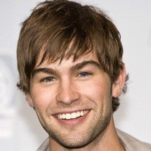Chace Crawford 7 of 10