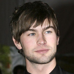 Chace Crawford 8 of 10