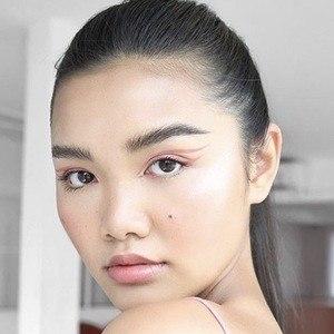 Chalita Natakuatong 4 of 10