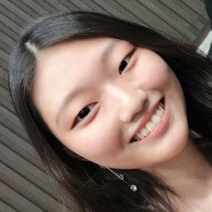 Chammy Choi Headshot 4 of 6