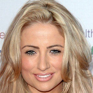 Chantelle Houghton 3 of 9