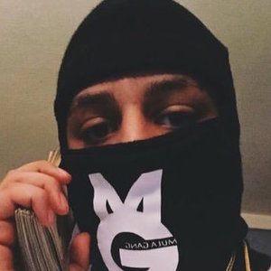 Chapo Banz 2 of 3