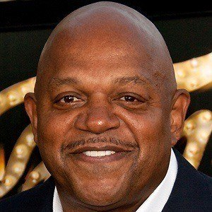 Charles Dutton 4 of 9