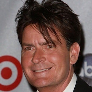 Charlie Sheen 4 of 10