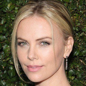 Charlize Theron 5 of 10