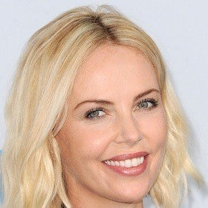 Charlize Theron 7 of 10