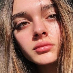 Charlotte Lawrence 6 of 6