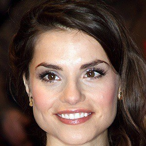 Charlotte Riley 2 of 5