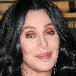 Cher 2 of 10