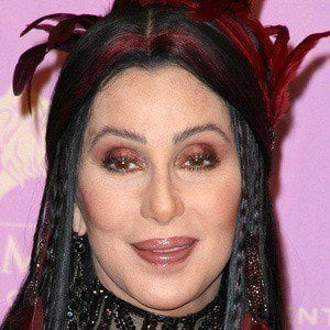 Cher 5 of 10