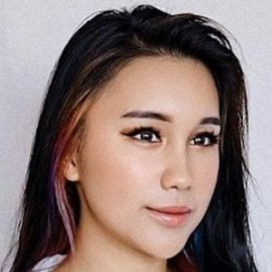 Cheryl Chin 3 of 10