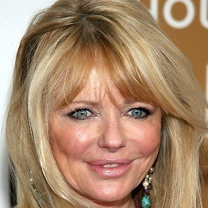 Cheryl Tiegs 4 of 5