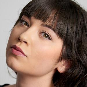 Chloe Aktas 2 of 4