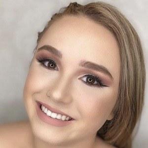 Chloe Calandra 6 of 10