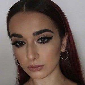 Chloe Churukian 2 of 6