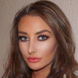 Chloe Crowhurst 8 of 10