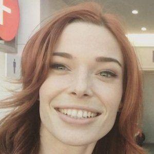 Chloe Dykstra 3 of 7