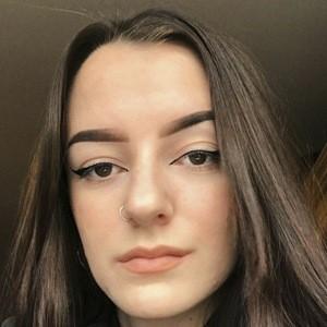 Chloe Jessica 5 of 10
