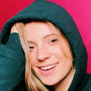 Chloe Madlinger Headshot 2 of 10