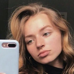 Chloe Mihacevich 2 of 6