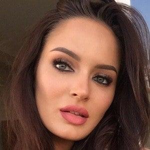 Chloe Morello 3 of 10