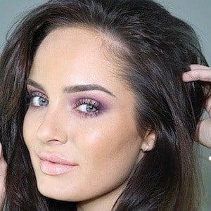 Chloe Morello 5 of 10