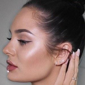 Chloe Morello 6 of 10
