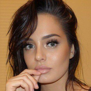 Chloe Morello 9 of 10