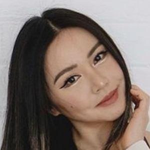 Chloe Ting 3 of 10