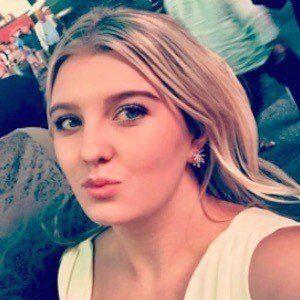 Chloe Trautman 7 of 7