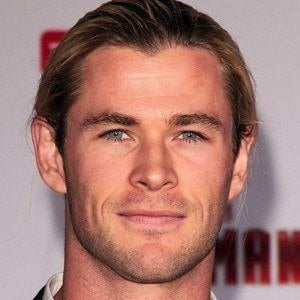 Chris Hemsworth 2 of 10