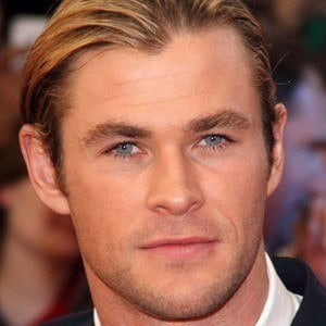 Chris Hemsworth 3 of 10