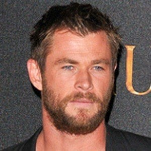 Chris Hemsworth 9 of 10